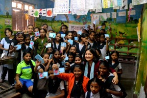 The startup meets young girls at a school in Dharavi, Maharashtra, India. Photo credit: Saral Designs.